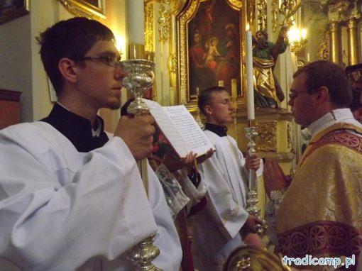 Śpiewana Ewangelia podczas Mszy Świętej.