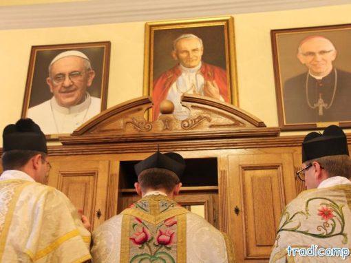 W zakrystii w kościele we Włodowicach.